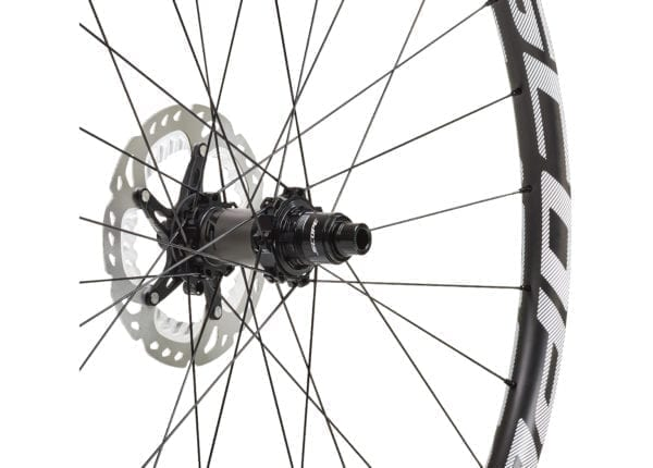 Scope O2D 29 Carbon wheelset white wheels XP Sport 03 scaled