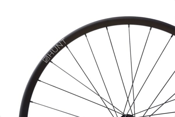HUNT 650B Adventure Carbon Disc wheelset roues XP Sport 05