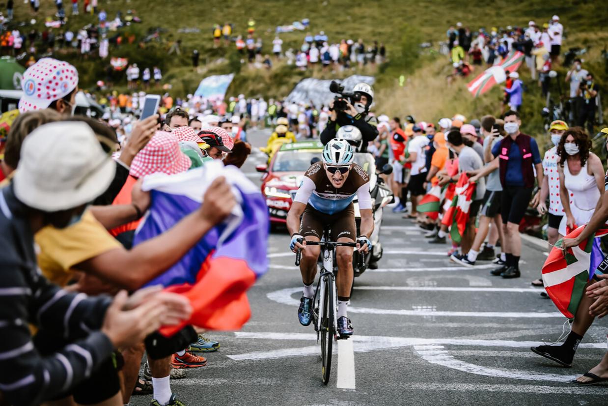 Nans Peters auch dem Weg seine erste Tour de France Etappe zu gewinnen